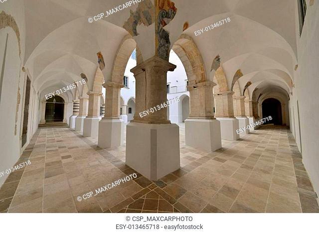 Colonnato di un edificio storico