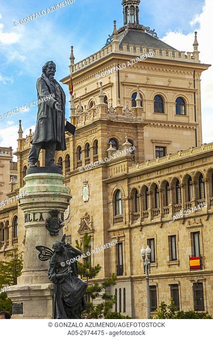 Cavalry academy and Jose Zorrilla Statue, Valladolid, Castilla y Leon, Spain