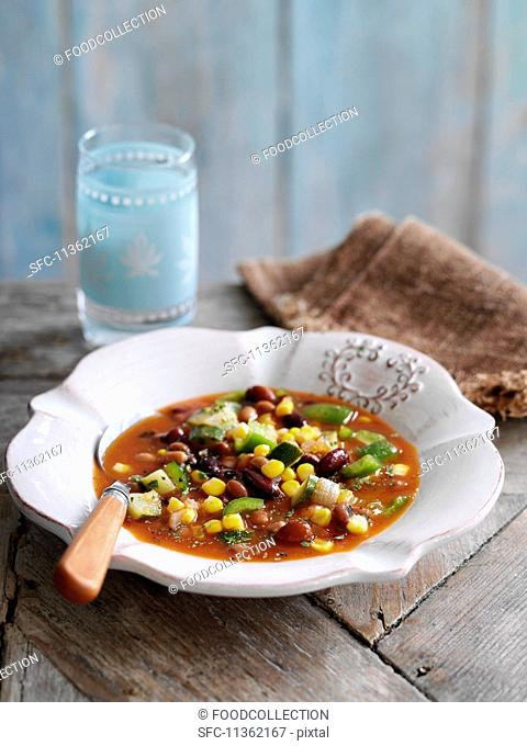 Savoury bean soup with sweetcorn