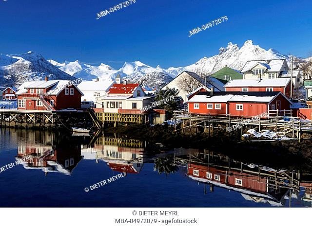 Norway, Lofoten, Reine, houses, water, mountains