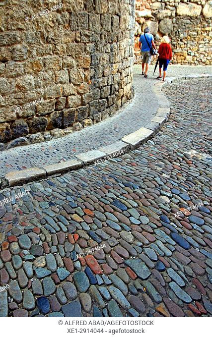 Cobbled street in the old town, Girona, Catalonia, Spain