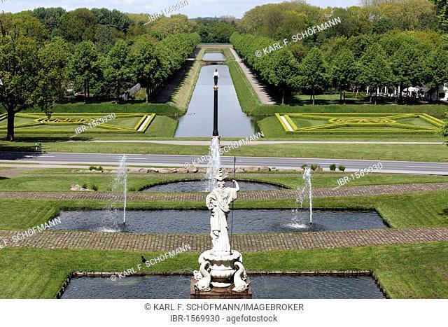 View of the Pallas Athena statue and Moritzkanal channel, baroque gardens, spa gardens Kleve, Niederrhein region, North Rhine-Westphalia, Germany, Europe