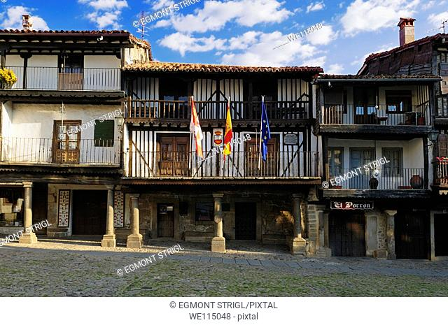 Europe, Spain, Castile and Leon, Castilla y Leon, Sierra de Francia, Plaza Mayor in the oldtown of La Alberca
