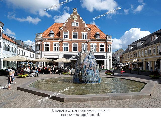 Market square, fountain sculpture of St. George and The Dragon, 1986, by Sten Lykke Madsen, Holstebro, Midtjylland, Denmark