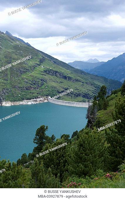 Switzerland, Graubünden, Valser Valley, Val, Zevreila-Lake