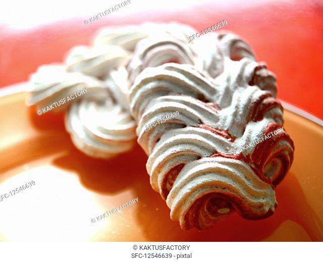 Plaited meringue