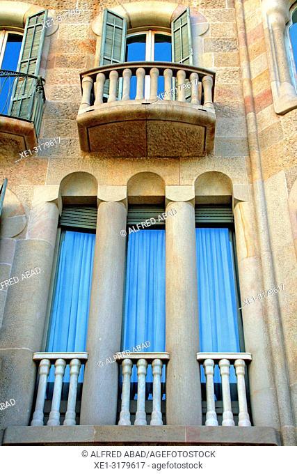 Windows and balconies, Casa Sayrach, 1918, architect Manuel Sayrach i Carreras, Barcelona, Catalonia, Spain