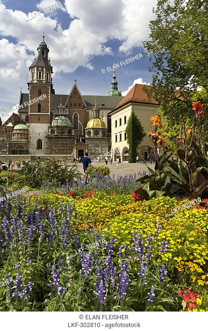 Flower beds in front of Wawel Cathedral, Krakow, Poland, Europe