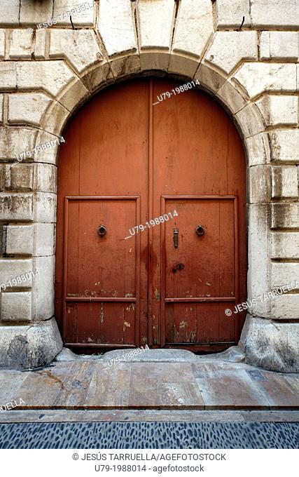 Boarded door. Historic Quarter of Tarragona, Catalonia, Spain