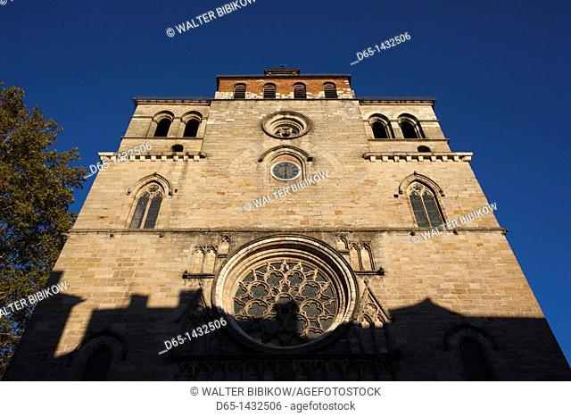 France, Midi-Pyrenees Region, Lot Department, Cahors, Cathedrale St-Etienne cathedral
