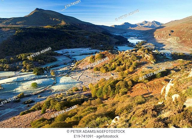View to Lynnau Mymbyr & Mt Snowdon Horseshoe above Capel Curig, Snowdonia National Park, North Wales, UK