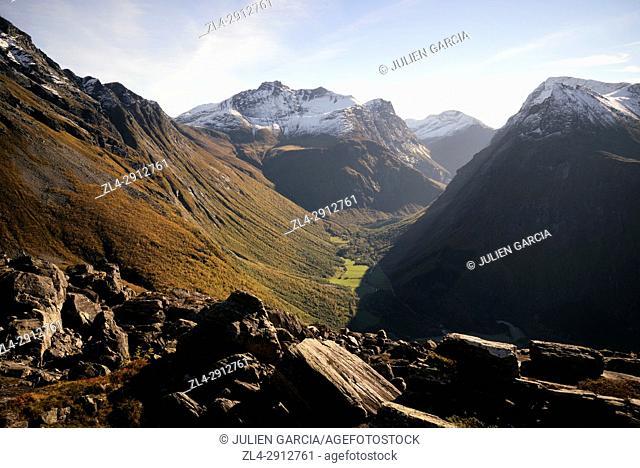 Norway, More og Romsdal, Orsta, Sunnmore Alps, trek to the summit of Slogen (1564m) dominating the Hjorundfjord