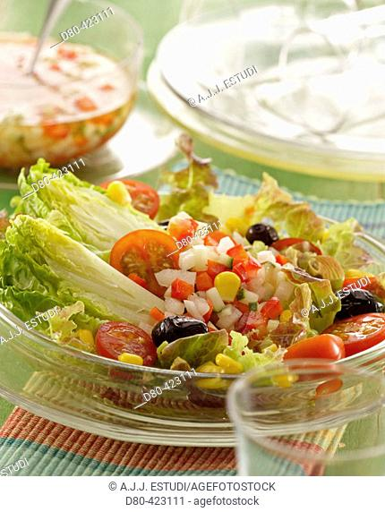 Hearts of lettuce salad