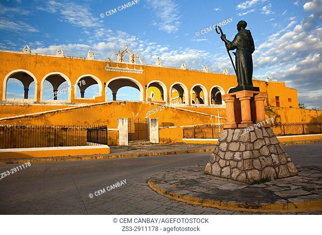 Monastery, Convent Of San Antonio De Padua with the statue of Diego de Landa in the foreground, Izamal, Yucatan Province, Mexico, Central America