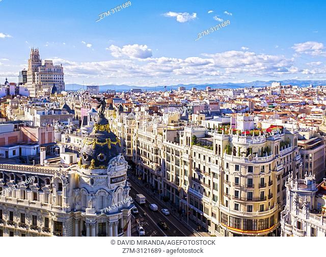 Calle Gran Vía desde el Mirador del Círculo de Bellas Artes. Madrid, Spain