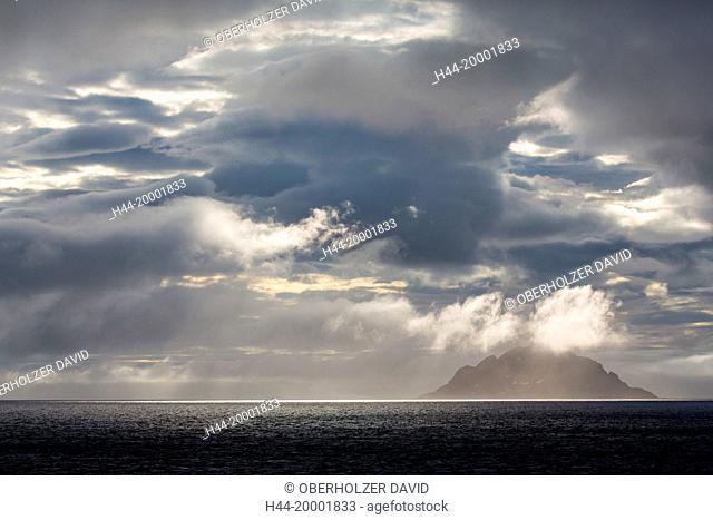 Spitsbergen, Svalbard, seven islands, Sjuöyane