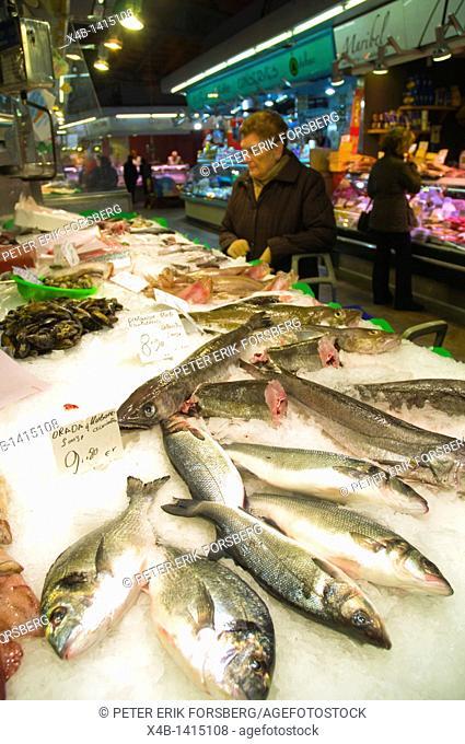 Seafood stall Mercat Santa Caterina market hall Sant Pere district Barcelona Catalunya Spain Europe