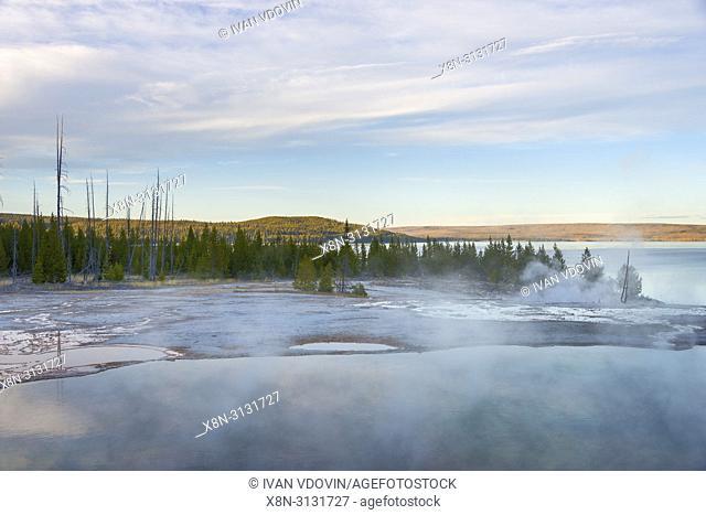 West Thumb Geyser Basin, Yellowstone National Park, USA