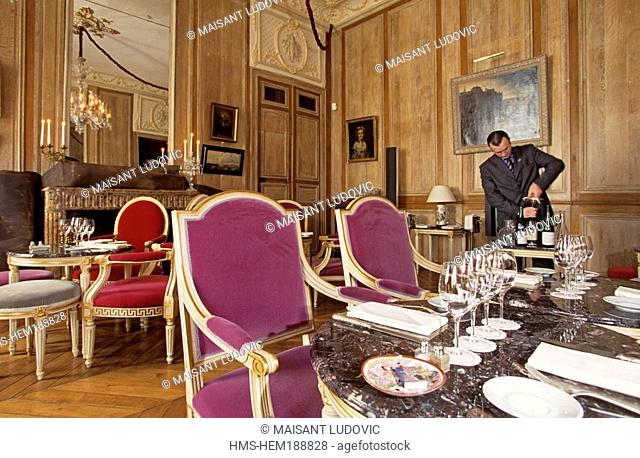France, Paris, Restaurant 1728 on rue d' Anjou, Marquis de Lafayette's former mansion house French military officer