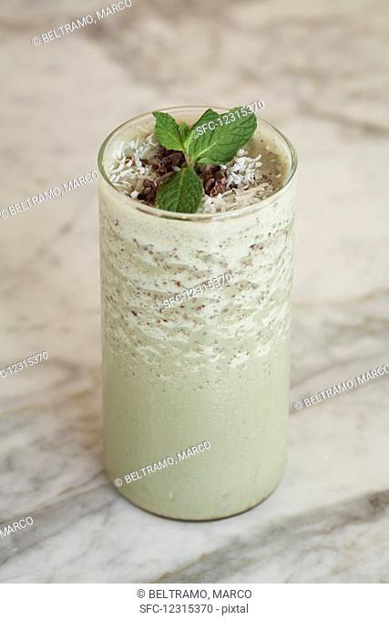 Grasshopper smoothie with peppermint liqueur