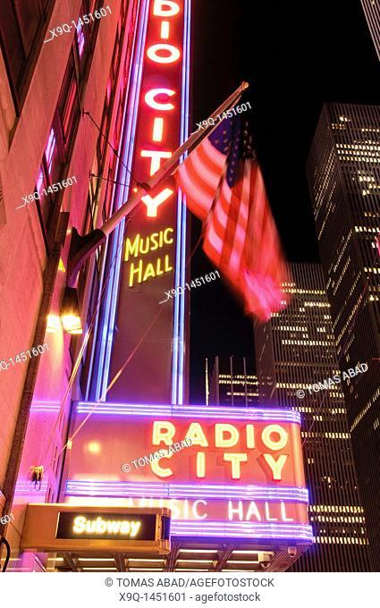 Radio City Musical Hall, Avenue of the Americas, New York City, 2011