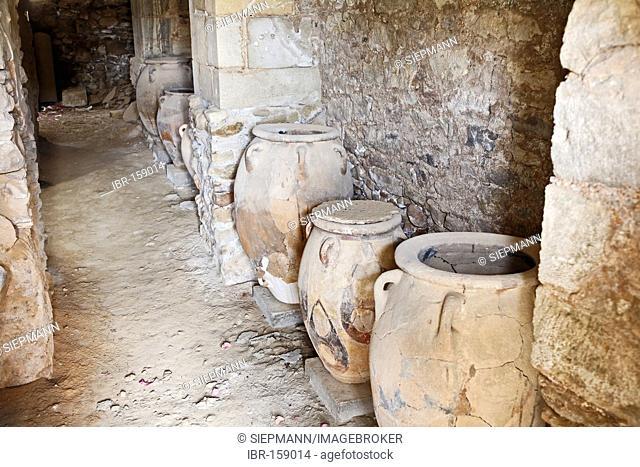 Amphora at archeological excavation of Minoan palace Festos (Faistos, Phaistos, Phestos), Messara valley, Southern Crete, Greece
