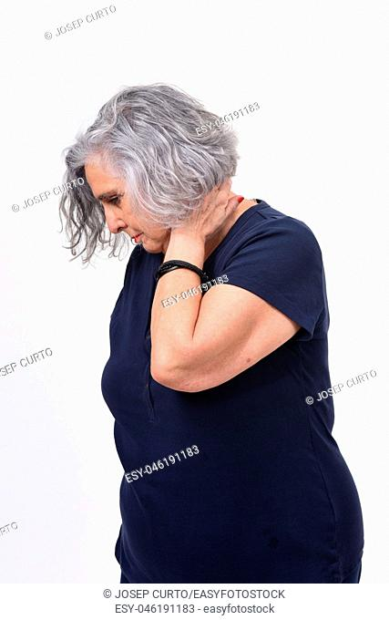 woman with pain on neck