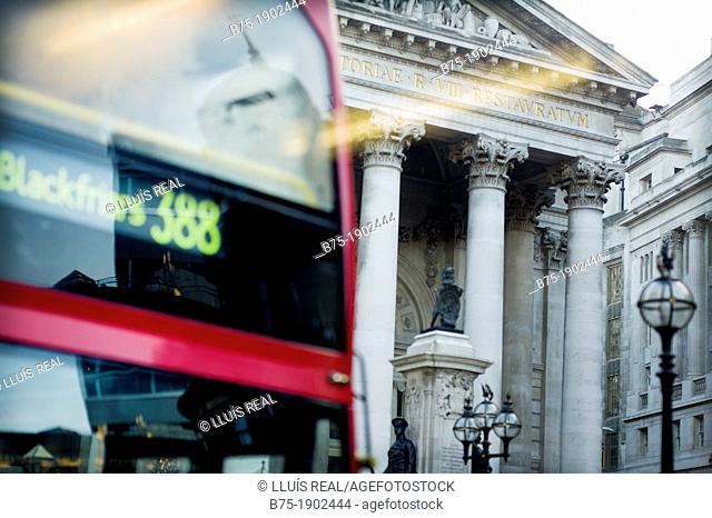 UK, England, City Of London, Old Stock Exchange and double decker bus