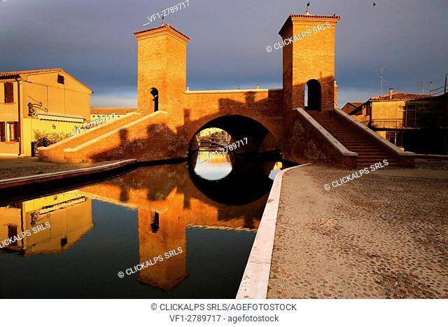 Trepponti bridge, Comacchio, Ferrara district, Emilia Romagna, Italy