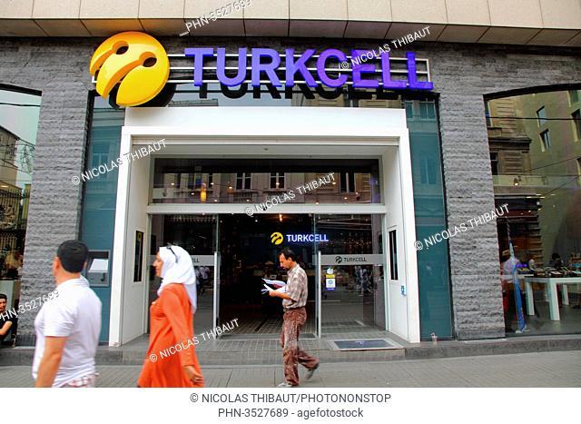 Turkey, Istanbul, Beyoglu district, Istiklal street