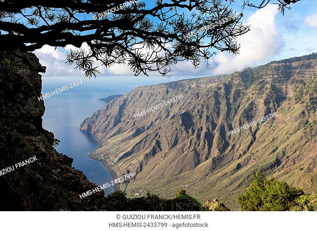 Spain, Canary Islands, El Hierro island declared a Biosphere Reserve by UNESCO, Isora viewpoint on the East coast