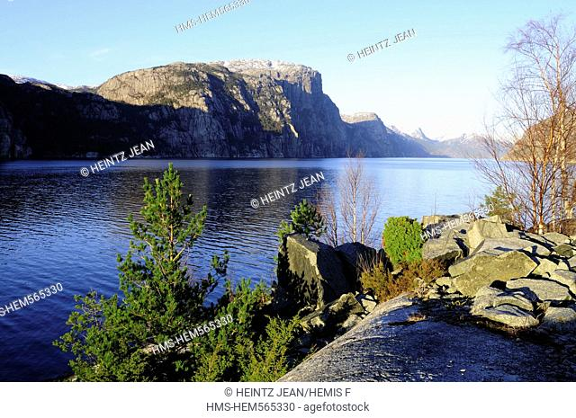 Norway, Rogaland County, Lysefjord in March, Preikestolen cliff in the background