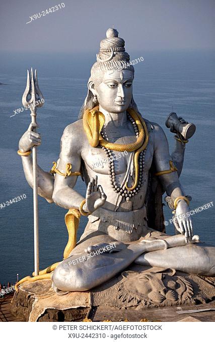 giant Lord Shiva statue at Murudeshwar temple, Murudeshwar, Karnataka, India, Asia