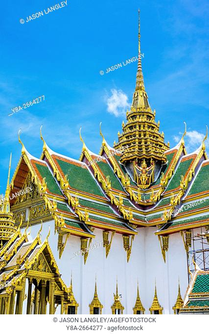 Phra Thinang Dusit Maha Prasat throne hall, Grand Palace complex, Bangkok, Thailand