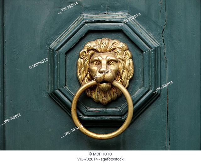 knocker, lion  - 04/02/2008