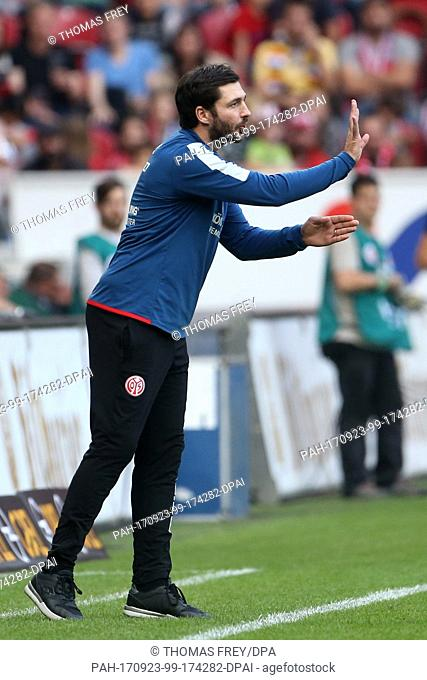 Mainz's manager Sandro Schwarz gives instructions from the touchline during the German Bundesliga match between FSV Mainz 05 and Hertha BSC in Mainz, Germany