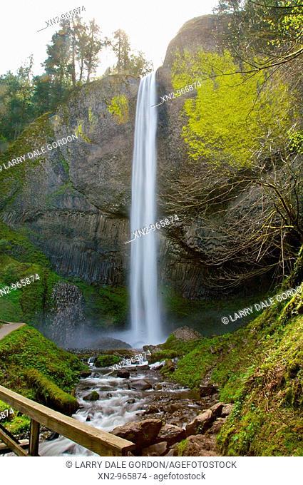 Upper Multnomah Falls, Colombia River Gorge
