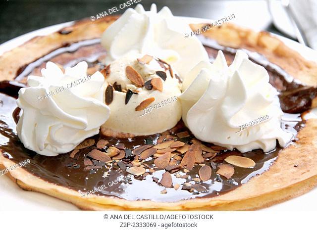 pancake cream and chocolate France