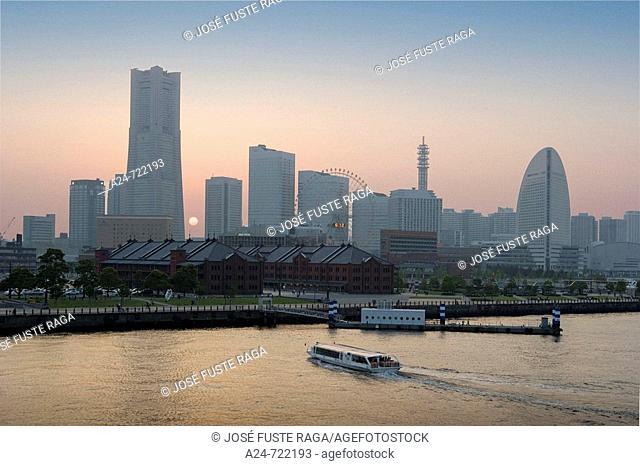 Japan-April 2008. Yokohama City. Yokohama Skyline. Land Mark Bldg