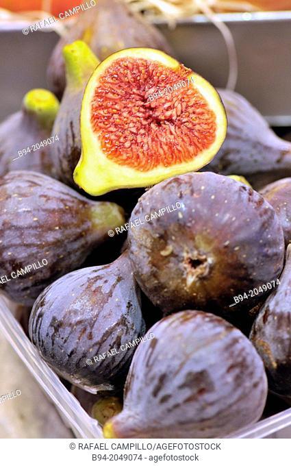 Figs. Sant Josep or Boqueria market. Barcelona. Catalonia. Spain