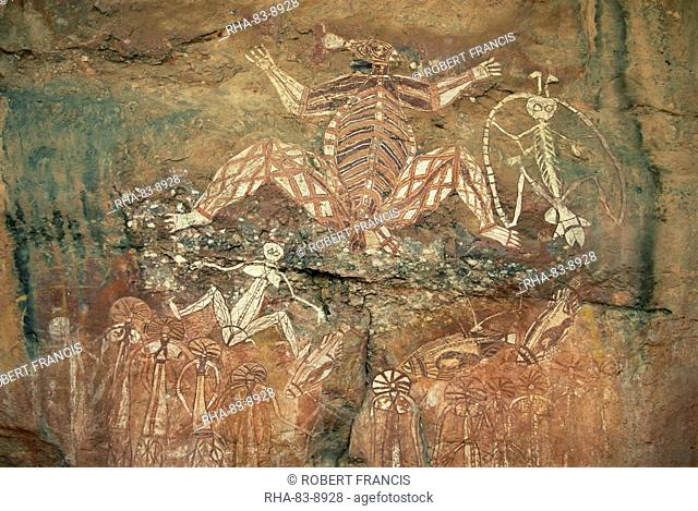 Namondjok in centre, who ate his clan sister, Namarrgon on right the Lightning Man and Barrginj his wife below left, supernatural ancestors at the rock art site