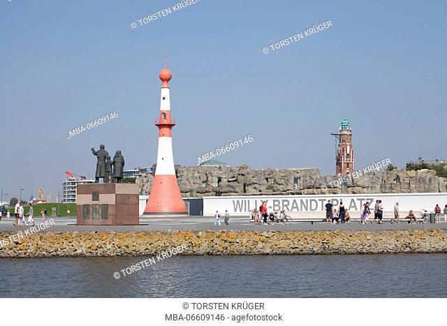 Willy-Brandt-Platz (square), mole, Bremerhaven Zoo / Zoo am Meer, Auswandererdenkmal (monument), Simon-Loschen-Leuchturm (lighthouse), Bremerhaven, Bremen