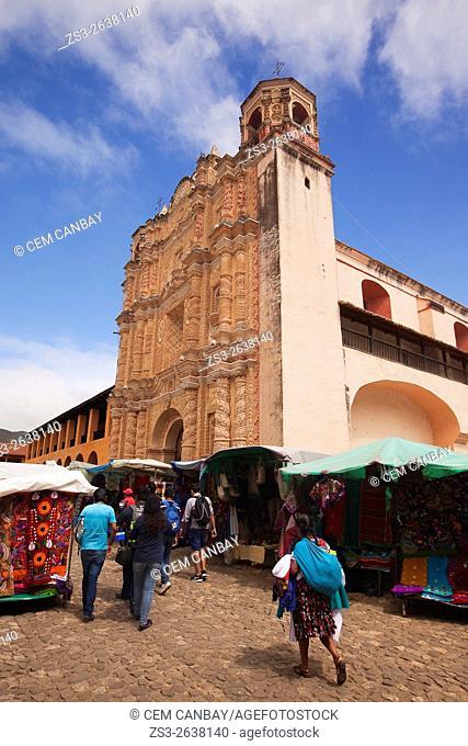 Craft vendors in front of the Templo de Santo Domingo- Church of Santo Domingo, San Cristobal de las Casas, Chiapas State, Mexico, North America