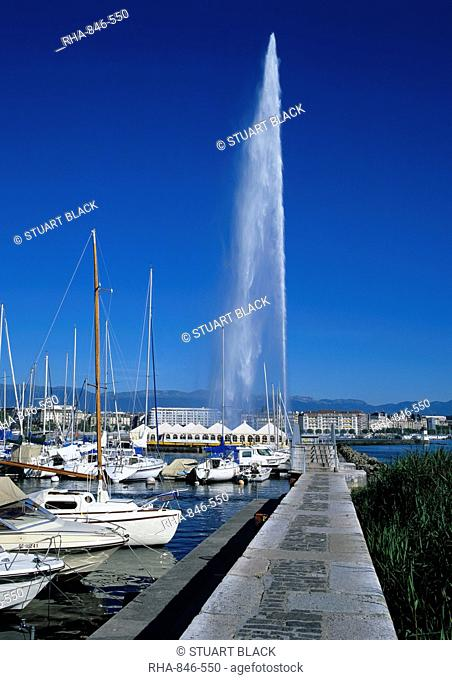 Jet d'eau water jet, Lake Geneva, Geneva, Switzerland, Europe