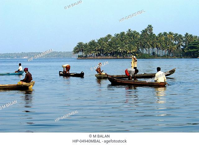 FISHING IN ASHTAMUDI LAKE KOLLAM