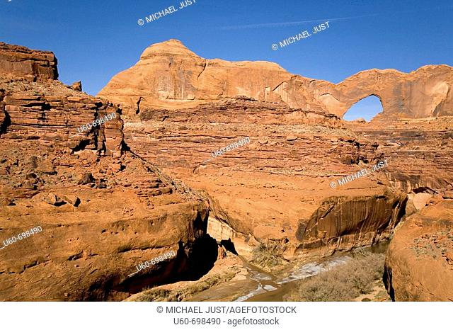 Stevens Arch at the Escalante River and Coyote Gulch in Glen Canyon National Recreation Area. Utha. Usa