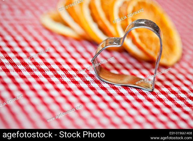 Getrocknete Orange und Ausstecher