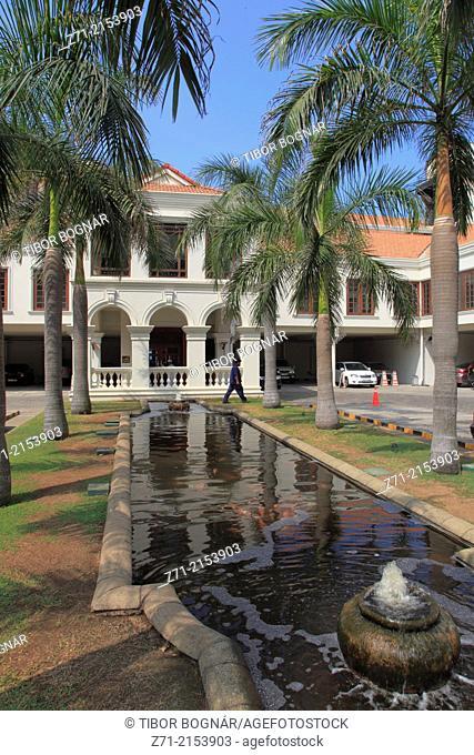 Sri Lanka; Colombo, Galle Face Hotel, entrance,