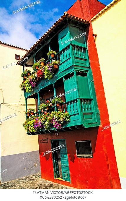 typical houses in Santa Cruz de La Palma municipality