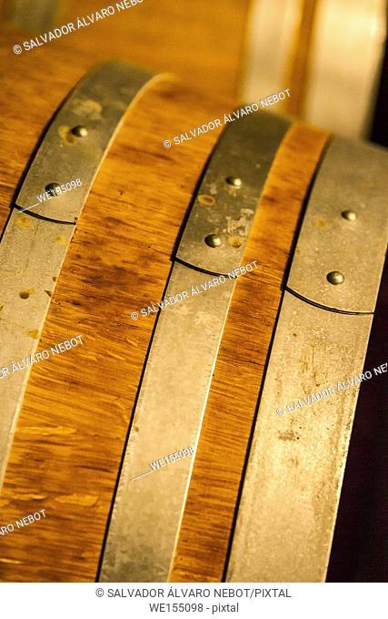 Oak barrel detail